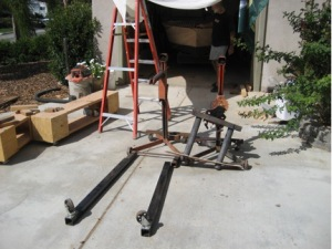 boat_lift_pieces_that_allow_for_flipping_and_hoisting